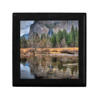 Yosemite Scenic Falls Gift Box