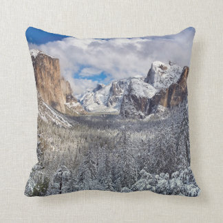 Yosemite Valley in Snow Cushion