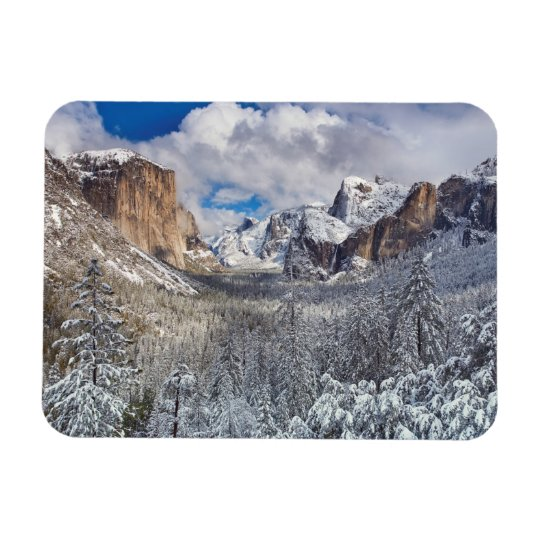 Yosemite Valley in Snow Magnet