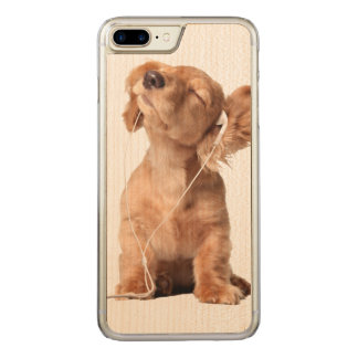 Young Puppy Listening to Music on Headphones Carved iPhone 8 Plus/7 Plus Case