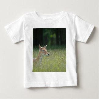 Young Richmond Park deer Baby T-Shirt