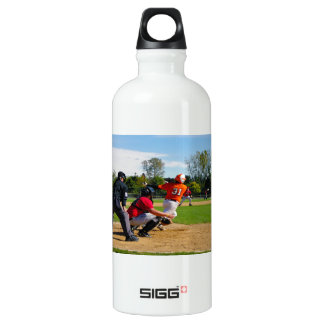 Youth League Baseball Batter Hitting Ball SIGG Traveller 0.6L Water Bottle
