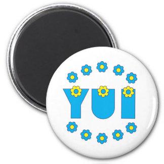 Yui in Flores Blue 6 Cm Round Magnet