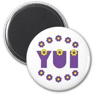 Yui in Flores Purple 6 Cm Round Magnet