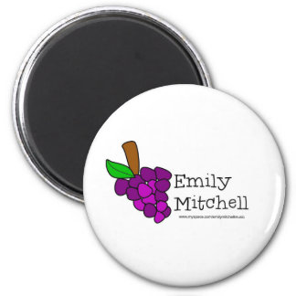 Yummy Grapes Grow in Vineyards 6 Cm Round Magnet