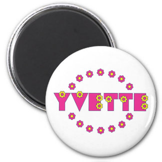 Yvette in Flores Pink 6 Cm Round Magnet