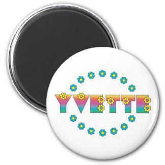 Yvette in Flores Rainbow 6 Cm Round Magnet