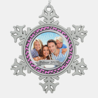 Zig Zag Pattern Family Photo Keepsake Snowflake Pewter Christmas Ornament