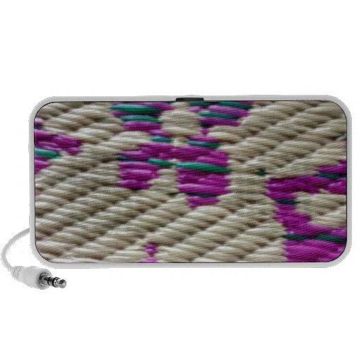zigzag design mp3 speaker