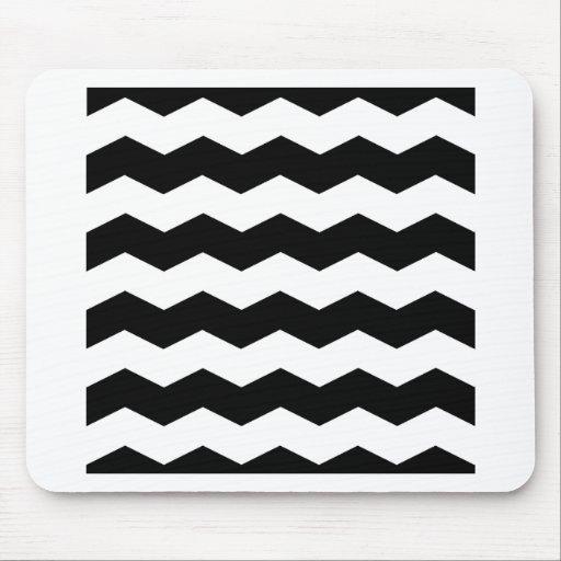 Zigzag II - White and Black Mousepads