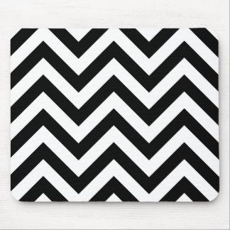 Zigzag Pattern Black & White Mouse Pad