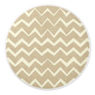 Zigzag pattern ceramic knob