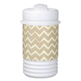 Zigzag pattern drinks cooler