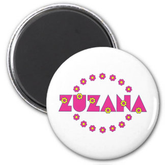 Zuzana in Flores Pink 6 Cm Round Magnet